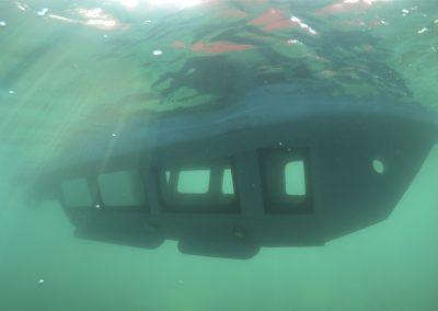 Semusumarine underwater
